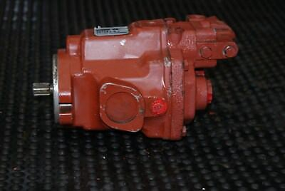 Vickers 19cc Hydraulic Piston Pump  70122-LBT