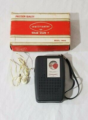 Vintage Wattmaster Solid State 7 Transistor Radio Model: W600 Boxed (working)