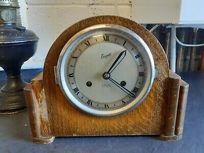 VINTAGE H SAMUEL EVERIGHT CHIMING MANTEL CLOCK OAK CASED c1930