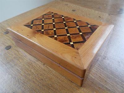 Stunning Inlaid Wood Marquetry Parquetry Wooden Jewellery Trinket Box Hardwoods
