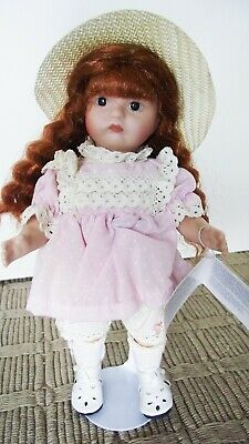 ANTIQUE REPRODUCTION SFBJ 252 II PARIS  7 in JEANNIE DI MAURO PORCELAIN DOLL