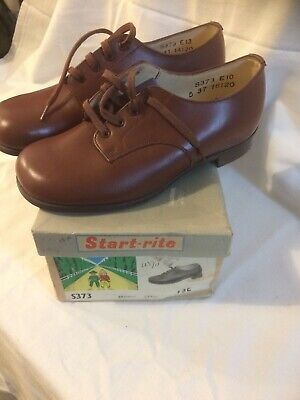 Vintage Start-rite boy's brown lace up shoes with original box, unworn