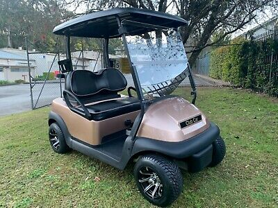 Golf Cart 2015 Club Car Precedent with near new batteries
