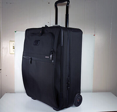 TUMI Continental Alpha 2 Black Stand Up Rolling Expandable Carry On TSA Lock