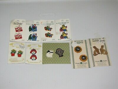 Lot 18 Sewing Character Buttons Debbie Mumm Sunflower Xmas Raggedy Bear Cat Mice