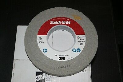 "3M Scotch-Brite EXL 8"" x 1"" x 3"" Deburring Wheel 8A Medium Grade Hard Density"