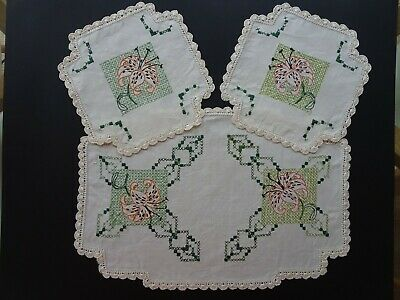 Hand Embroidered Embroidery Linen Cheval Dressing Table Set Vintage Doilies (3)