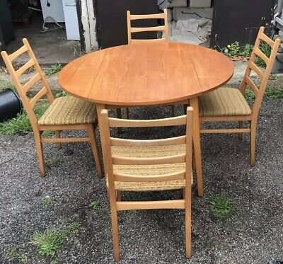Breakfast Table & Four Chairs Diameter 110 W60 when unextended H73.