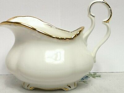 Beautiful Vintage Royal Albert Snow Queen Milk Jug Creamer C.1982