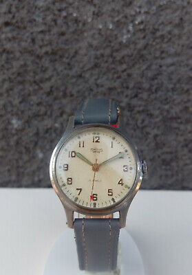 VINTAGE AND NICE SMITHS EMPIRE MANUAL WIND WATCH FROM 50s