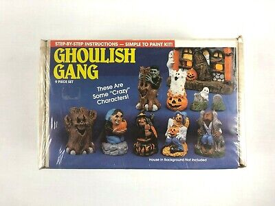Vintage Wee Crafts Halloween Ghoulish Gang 9 Piece Easy To Paint Kit - Sealed