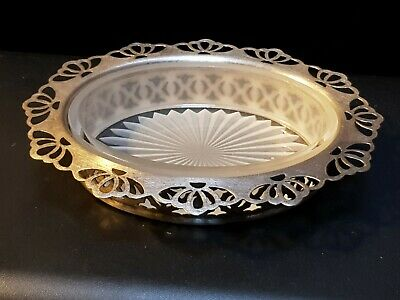 Vintage Ornate Pierced Silver Plated & White/Milk Cut Glass Dish / Tray EPNS