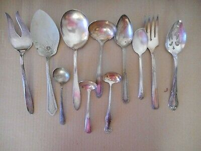 Large Lot of Silverplated Serving Pieces Reed & Barton Oneida Holmes Rogers