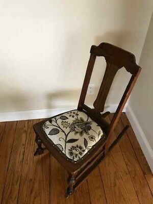 Antique Wooden Rocking Chair Tapestry Small Size