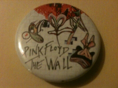 PINK FLOYD 'The Wall' ROUND TIN BADGE PIN - 37mm diam.