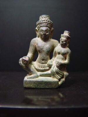 KHMER BRONZE STATUE OF THE HINDU COUPLE SHIVA & PARVATI, AMULET. 19/20th C.