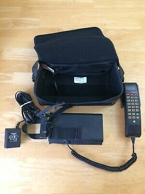 Vintage Motorola Mobile Car Bag Cell Phone Works Tested Fast Shipping