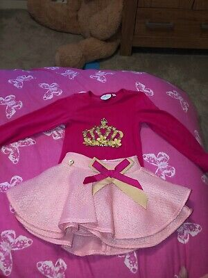 A Dee Skirt And Top Set Age 2