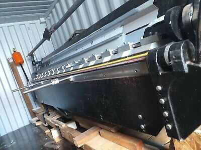 3m 10 ft sheet metal bender up to 1.5mm mild steel. Carter brand.