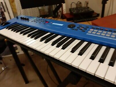 Yamaha MX49 MKII Blue 49 key lightweight keyboard boxed with soft case