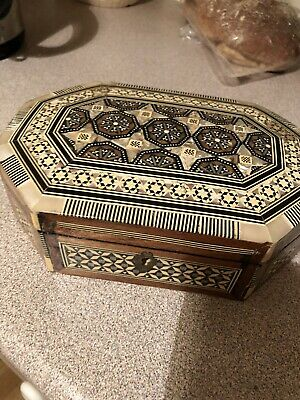 Antique Vintage Beautiful Wooden Box With Mother of Pearl Inlay