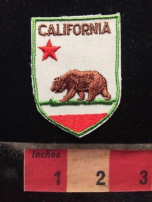 California Flag Themed Brown Bear Patch - Grizzly 79K7