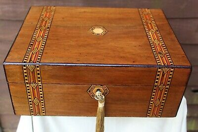 NEAT LARGE c 1880 WALNUT TUNBRIDGE STYLE INLAY JEWELLERY BOX TRINKET TRAY LOKIN