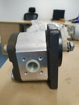 Bosch Rexroth Hydraulic Gear Pump (Motor 11CC/REV) 1515800013
