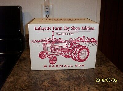 VINTAGE ERTL IH Farmall 560 Tractor and Implements for