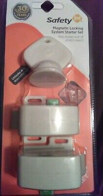 Safety 1st Magnetic Locking System Starter Set Childproof Cabinets Drawers