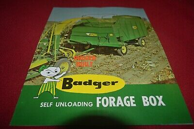 Badger Forage Box Wagon Dealer's Brochure AMIL15