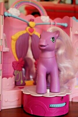 My Little Pony Musical Dressing Room Carry Case Hasbro 2007 plus G3 Wysteria