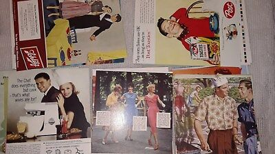 30 New Advertising In The 50's Postcards - Pristine Condition