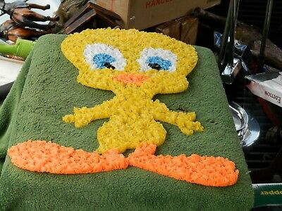 Vintage Warner Bros Looney Tunes Tweety Melted Plastic Popcorn Glitter Plaque