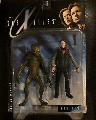 The Xfiles Series 1 Agent Mulder & Alien Acrion Figure In Sealed Package