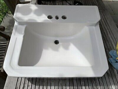 Vintage Antique 1941 Case (Robinson, IL) White Porcelain Ceramic Bathroom Sink