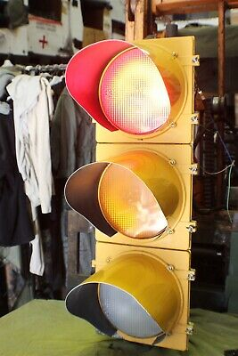 Full Size Led Traffic Signal W/ Remote Control Operate Ea. Light How Ever U Want