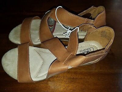 Mia Amore Women/'s Sandals Memory Foam Comfort Flex Low Wedge Brown Tan Luggage
