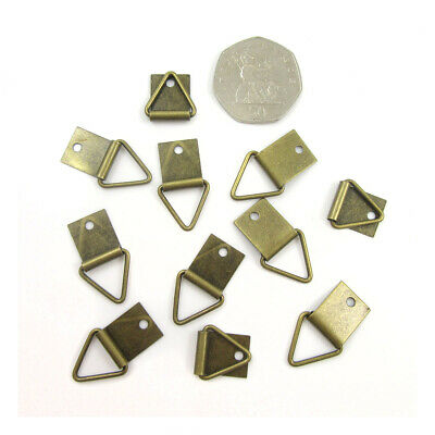 ANTIQUE BRASS TRIANGLE 27mm x 16mm STURDY PICTURE HANGING FRAME HOOK HANGER H991