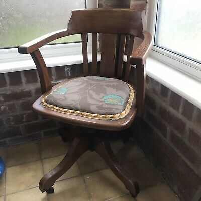 Antique Hillcrest Oak Office Swivel Captains Chair Original Castors