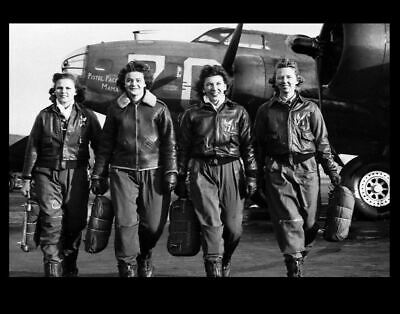 WASP Pilots B-17 PHOTO Women Army Air Force Service,US Army Air Corp World War 2