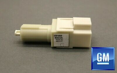 NEW Genuine OEM GM Brake Light Switch D1596H / 15914909 Hummer H3 H3T 2006-2010