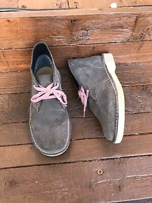 GIRLS CLARKS ORIGINALS Brown PINK SUEDE LACE UP CASUAL ANKLE BOOTS UK 11.5 KIDS