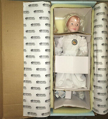 Antique Reproduction Schoenhut Wood Jointed Girl Usps Stamp Doll + Extras Nrfb