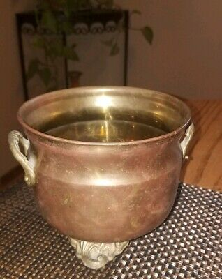 NICE Vintage Small BRASS Round POT/Planter w/CLAW Feet 2 ORNATE Handles!