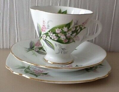 Windsor Bone China Tea Cup , Saucer  And Side Plate 3 Piece Set .