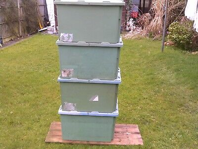 HEAVY DUTY PLASTIC STORAGE BOXS WITH LIDS. x8 STACKABLE. 600 x 400 x 355mm GREEN