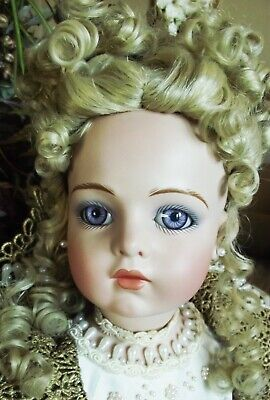 ANTIQUE REPRODUCTION 28 in FRENCH BRU JNE PORCELAIN PATRICIA LOVELESS DOLL NEW