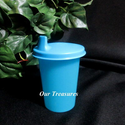 Tupperware New BLUE Kids Toddlers Bell Tumbler with BLUE Sipper Sippy Seal