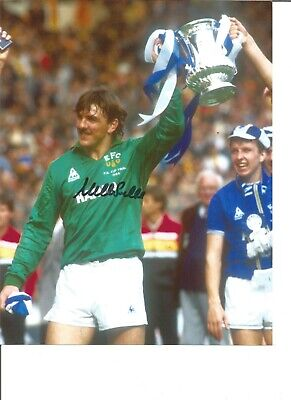 Football Autograph Neville Southall Everton FA Cup 1984 10x8 in Photograph JM81